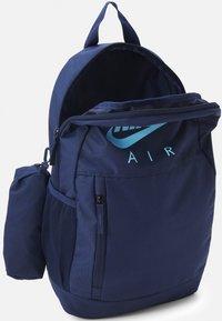 Nike Sportswear - ELEMENTAL UNISEX - School set - midnight navy/midnight navy/psychic blue - 2
