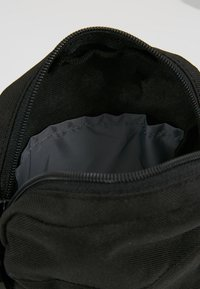 Reebok - CITY BAG - Across body bag - black - 4