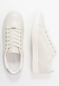 ONLY SHOES - ONLSHILOH - Sneakers laag - white/grey - 3