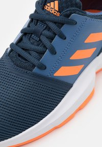 adidas Performance - COURTJAM XJ UNISEX - Multicourt tennis shoes - crew navy/orange/crew blue - 5
