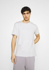 Pier One - 5 PACK - T-shirt basic - dark grey/light grey/black - 4