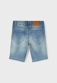 Name it - SLIM FIT - Denim shorts - medium blue denim - 1
