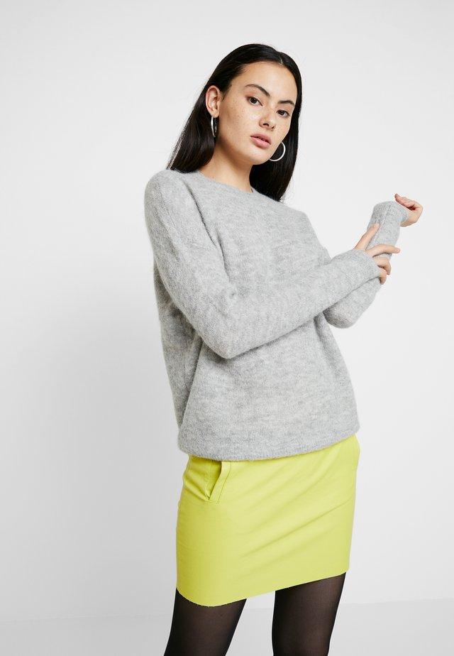 FEMME - Sweter - light grey melange