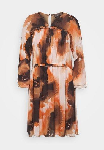 CIRAH BLUR DRESS