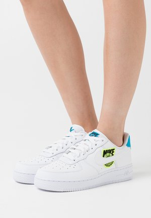 AIR FORCE 1 - Sneakers - white/volt/laser blue/black