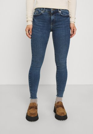VMHANNA RAW - Jeans Skinny Fit - medium blue denim