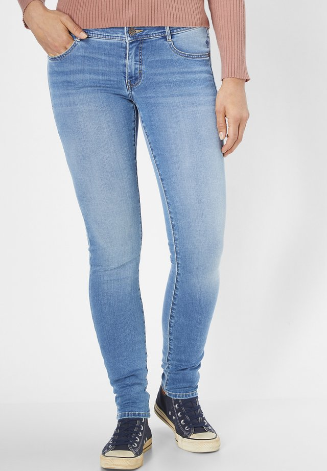 MIT MOTION&COMFORT LUCI - Jeans Skinny Fit - mid blue