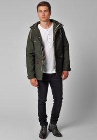 REVOLUTION - HEAVY - Winter jacket - oliv - 1