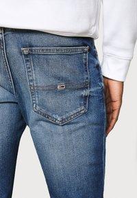 Tommy Jeans - SCANTON - Slim fit -farkut - light blue denim - 4