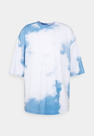 CLOUD - T-shirt con stampa - blue/white