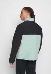 Hi-Tec - BRENDON PADDED COAT - Winter jacket - granite green - 2