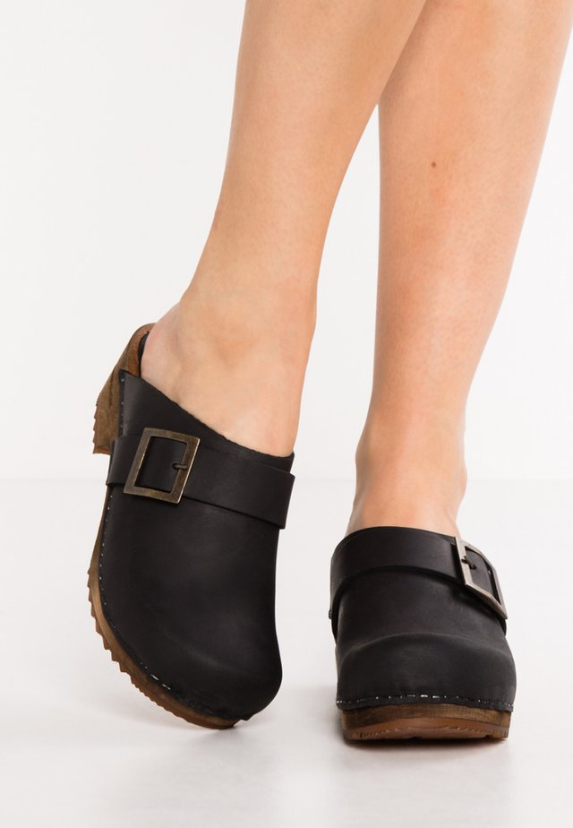 URBAN - Clogs - black