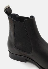 Shelby & Sons - SAMUEL BOOT - Kotníkové boty - black - 5