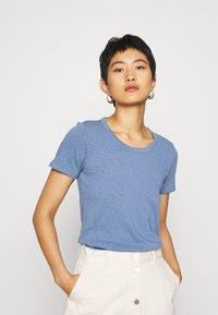 Marc O'Polo DENIM - SHORT SLEEVE CREWNECK SLIM FIT - Basic T-shirt - blue fantasy - 0