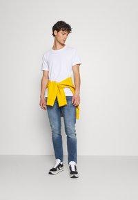 Denham - RAZOR - Straight leg jeans - blue - 1