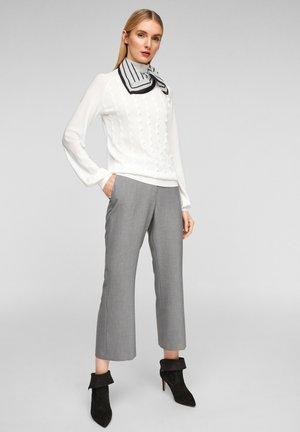 Foulard - cream stripes