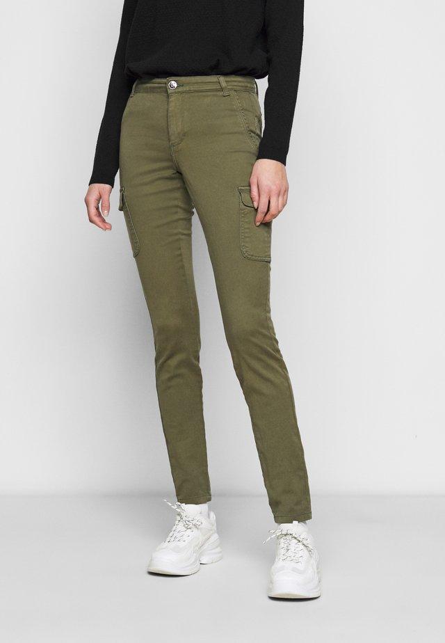 ONLLINE EASY PANT - Pantalon cargo - kalamata