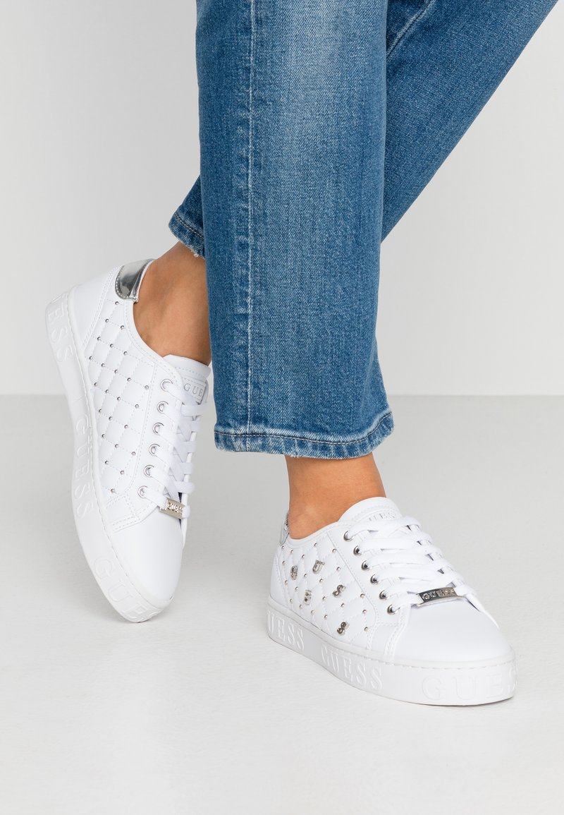 Guess - GLADISS - Sneakers basse - white