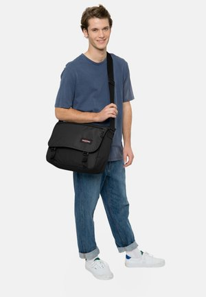 CORE COLORS/AUTHENTIC - Across body bag - black