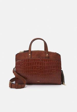 SET - Handbag - camel