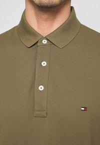 Tommy Hilfiger - Poloshirts - khaki - 5