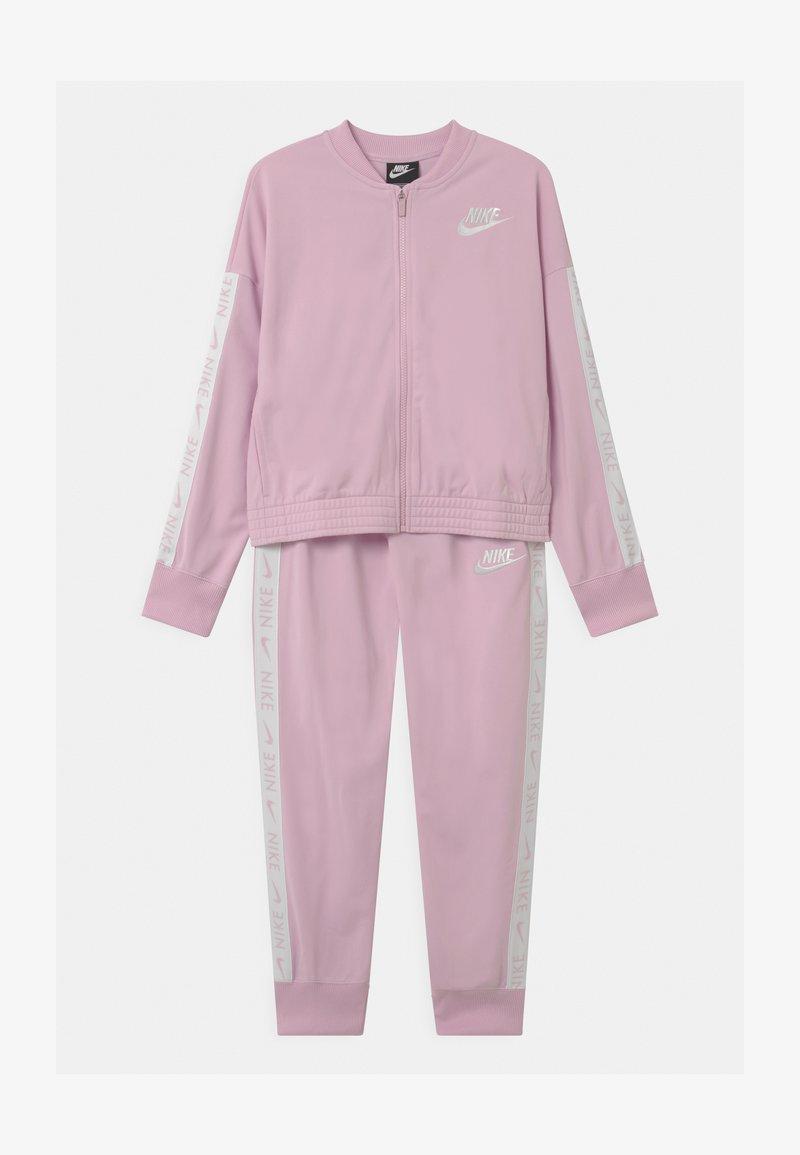Nike Sportswear - SET - Tracksuit - arctic pink/white
