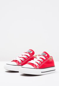 Converse - CHUCK TAYLOR ALL STAR CORE - Baskets basses - red - 2