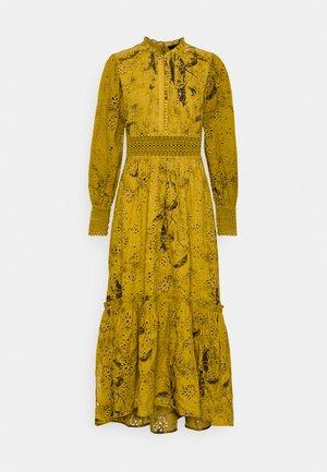 DEMOIR BRODERIE DRESS - Maxi šaty - garden olive