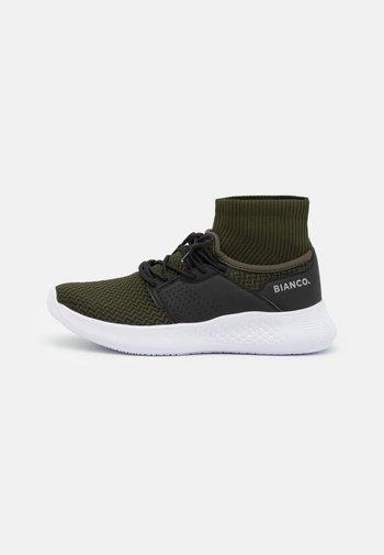 BIACLAK - Baskets montantes - dark green