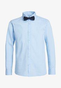 WE Fashion - JONGENS - Camicia - light blue - 3