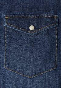 Pier One - DENIM SHIRT - Skjorta - blue denim - 2