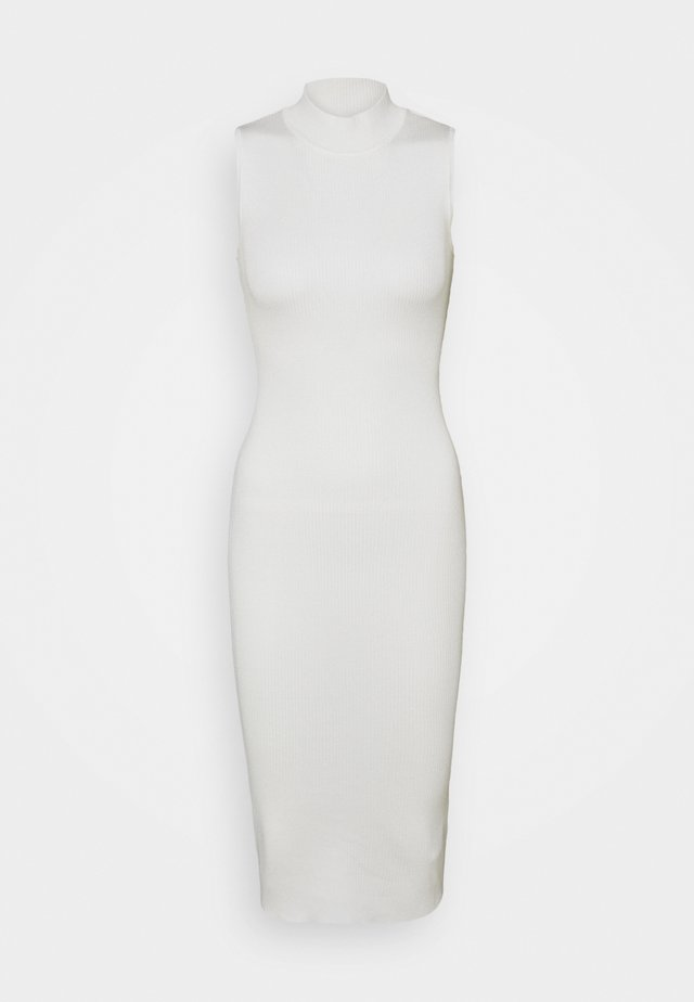 HIGH NECK BACKLESS MIDI DRESS - Sukienka dzianinowa - white