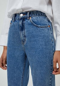 PULL&BEAR - MOM - Jeans baggy - light blue - 4