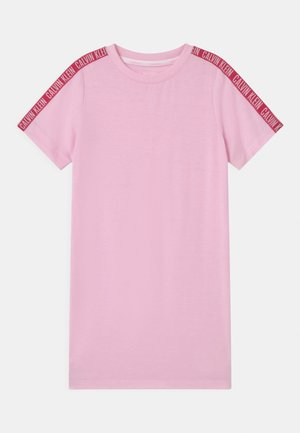 Nightie - romantic pink