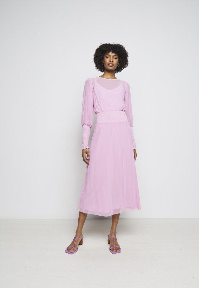 THORA ELLIEA DRESS 2-IN-1 - Day dress - pink lavender