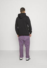 adidas Originals - THE SIMPSONS SQUISHEE HOODIE - Hoodie - black - 2