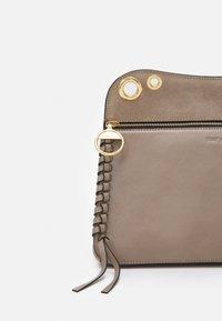 See by Chloé - Handbag - motty grey - 3