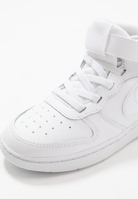 Nike Sportswear - COURT BOROUGH MID UNISEX - High-top trainers - white - 2
