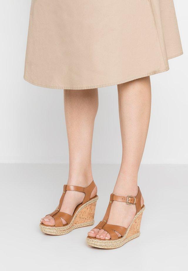 KAROLINE - Højhælede sandaletter / Højhælede sandaler - tan