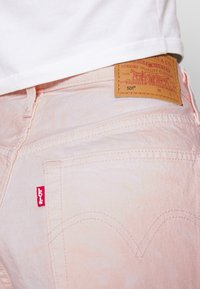 Levi's® - 501® ORIGINAL - Denim shorts - peach - 4