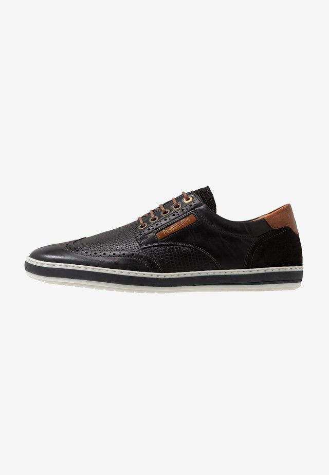 MILAZZO UOMO - Chaussures à lacets - black