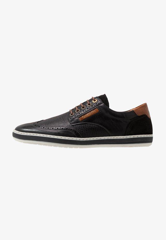 MILAZZO UOMO - Sznurowane obuwie sportowe - black