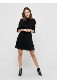 ONLY - LOCKER GESCHNITTENES - Day dress - black - 1