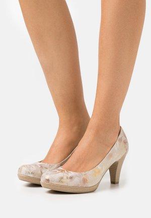 COURT SHOE - Platform heels - dune