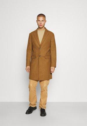 NOTCH - Klasyczny płaszcz - camel