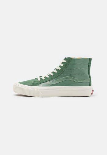 SK8 DECON UNISEX - Höga sneakers - hedge green