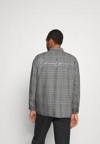 Mennace - RAW HEM CHECK  - Lehká bunda - grey - 2