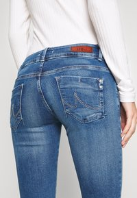 LTB - MOLLY - Slim fit jeans - elenia wash - 5