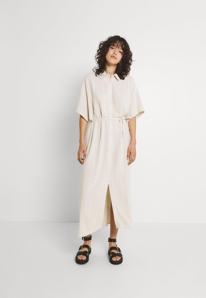 Weekday - CORINNA DRESS - Abito a camicia - beige