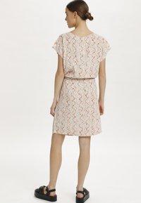 Soaked in Luxury - SL LAVADA - Sukienka letnia - whisper white splash print - 2